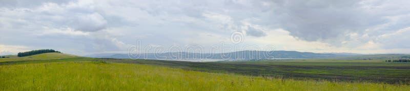 Le panorama des côtes et du ciel photos stock