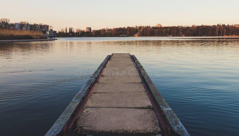 Le panorama du lac de morilor de valea image stock