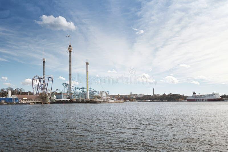 Le parc d'attractions Grona Lund du bord de la mer photos stock