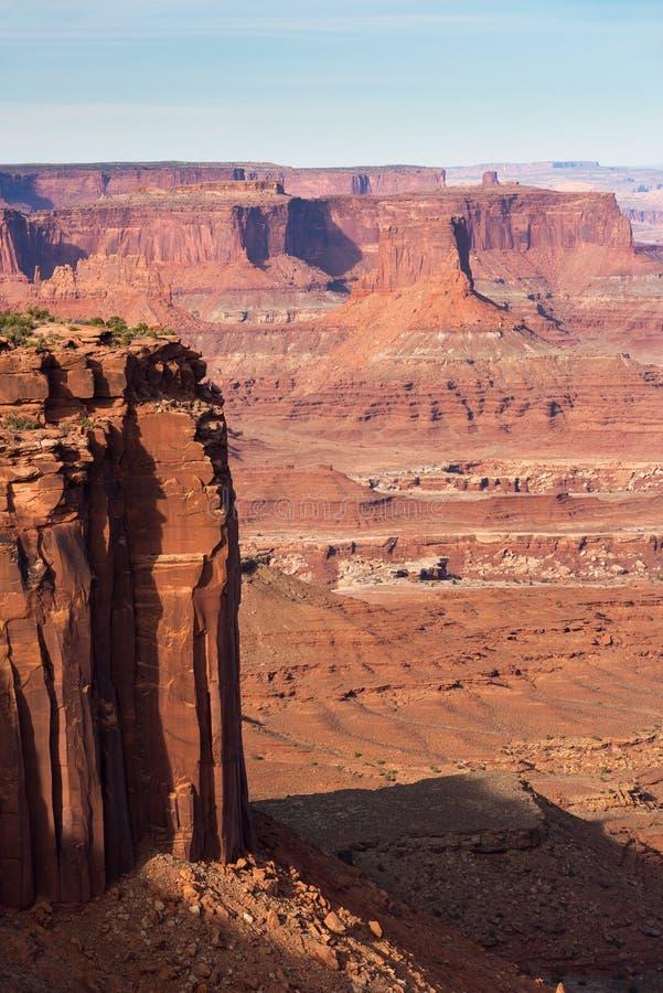 Le parc national de Canyonlands est situé en Utah central du sud photos stock
