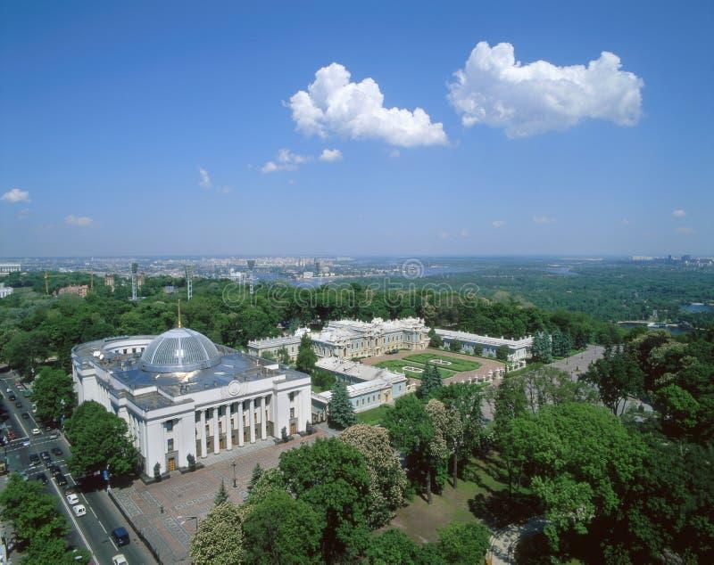 Le parlement ukrainien et vue supérieure de palais de Mariyinsky images stock
