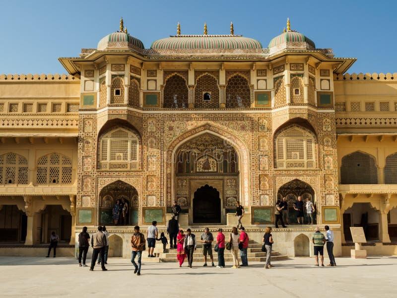 Le passage décoré d'Amber Fort à Jaipur, Inde images stock