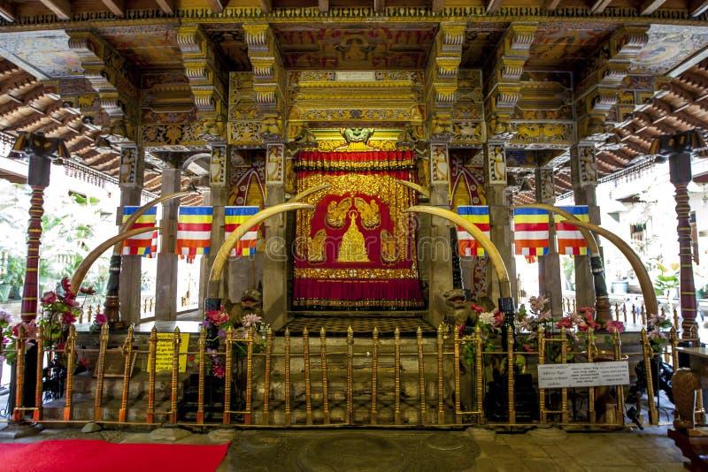Le Patamalaya et le x28 ; Abaissez Storey& x29 ; dans le temple de la relique sacrée de dent à Kandy dans Sri Lanka images libres de droits