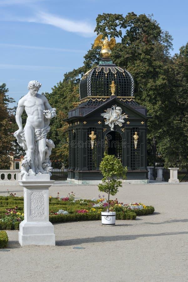 Le pavillon baroque dans Branicki fait du jardinage, Bialystok, Pologne images libres de droits