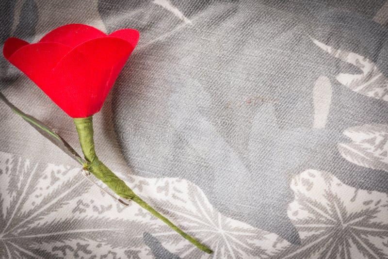 Le pavot rouge est un symbole de jour de vétérans de la Thaïlande photos libres de droits