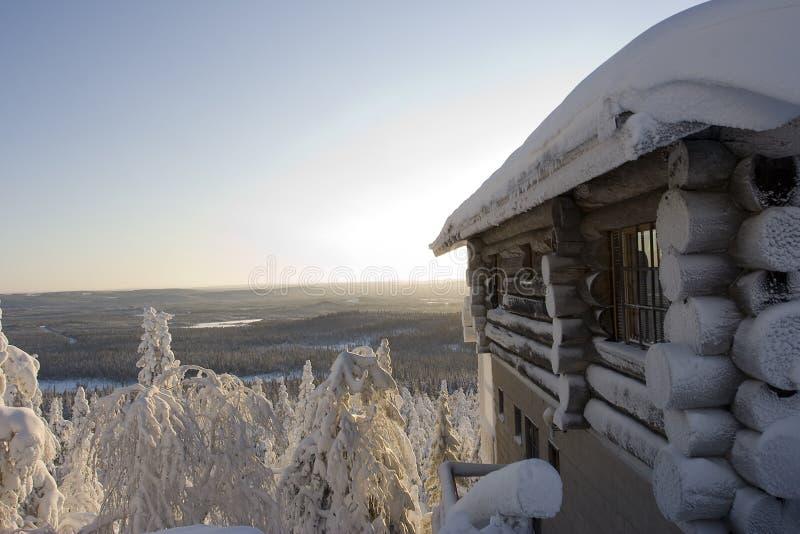 Le pays des merveilles de l'hiver de la Laponie photographie stock