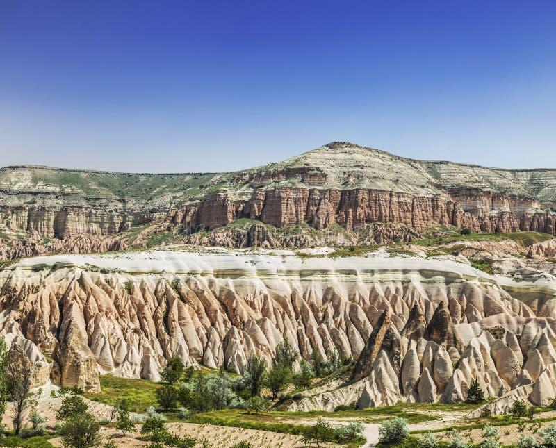 Le paysage de Cappadocian, roches roses photos libres de droits
