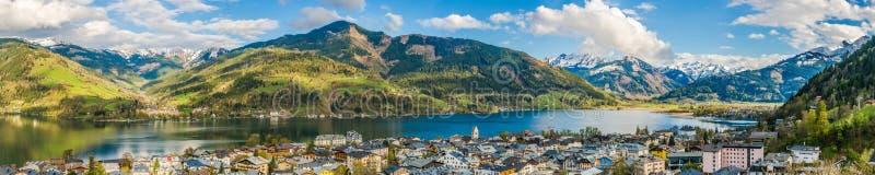 Le paysage de montagne avec le lac Zeller dans Zell AM voient, l'Autriche images libres de droits