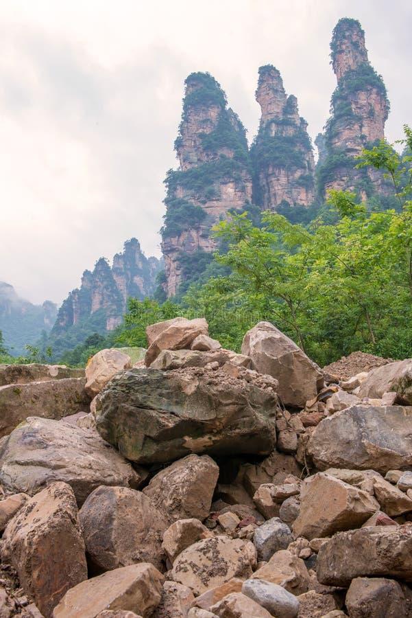 le paysage de trois soeurs basculent la montagne dans la galerie de Dix milles, HU image stock