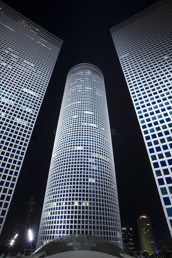 Le paysage urbain de nuit photographie stock libre de droits
