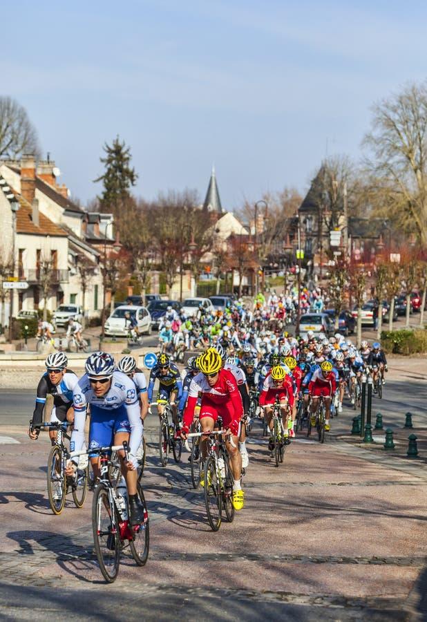 Le peloton Paris 2013 agréable dans Nemours