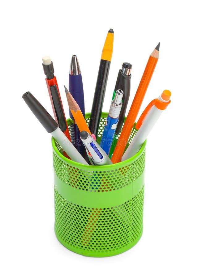 Le penne dentro possono fotografia stock
