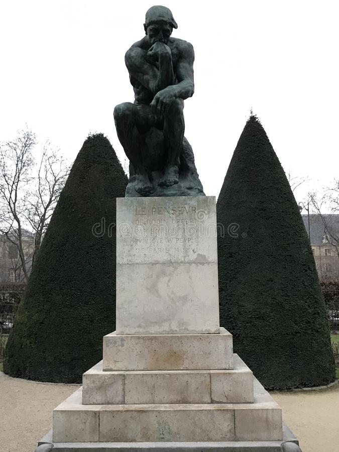 Le penseur Rodin photos stock