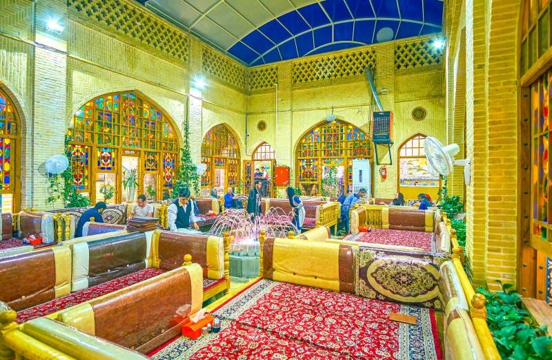 Le petit hall avec des lits de chevalet, Isphahan, Iran image stock