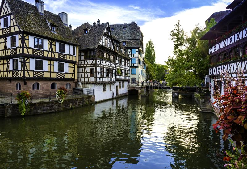 Le Petite France em Strasbourg fotos de stock royalty free