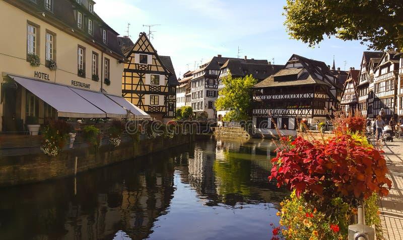 Le Petite France em Strasbourg foto de stock