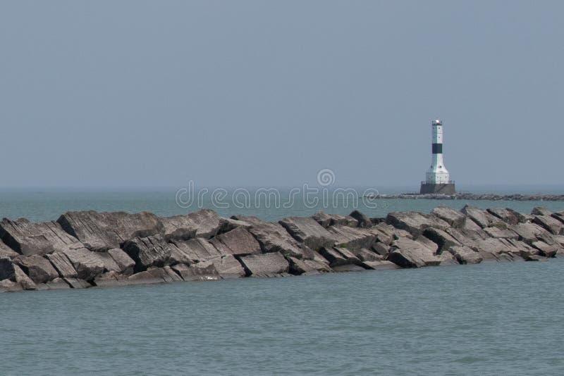 Le phare de Conneaut sur le lac ?ri? photographie stock libre de droits