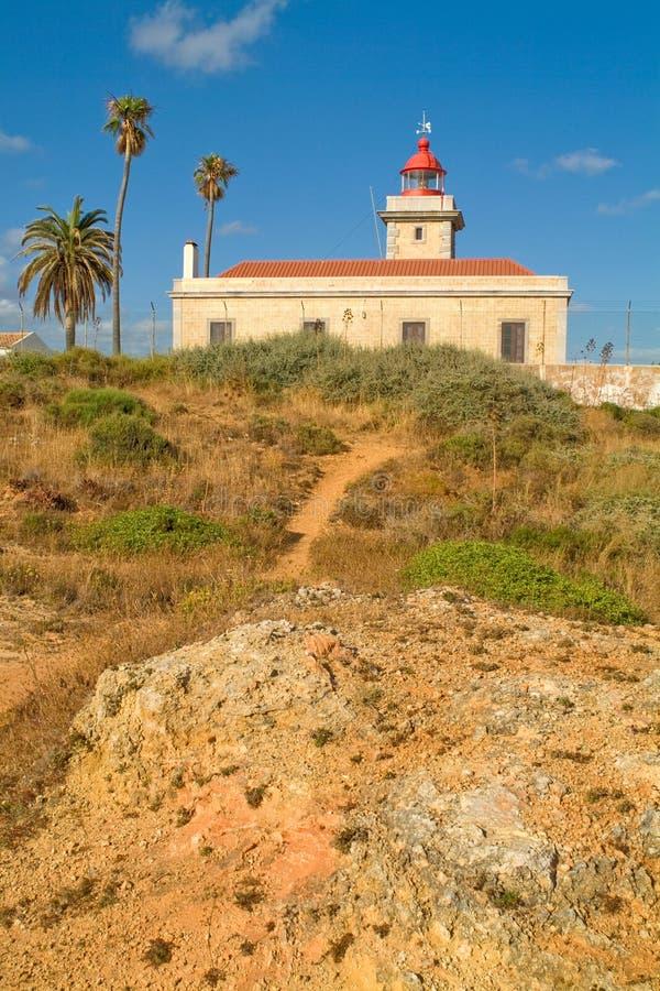 Le phare de Ponta DA Piedade, près de Lagos au Portugal photo libre de droits