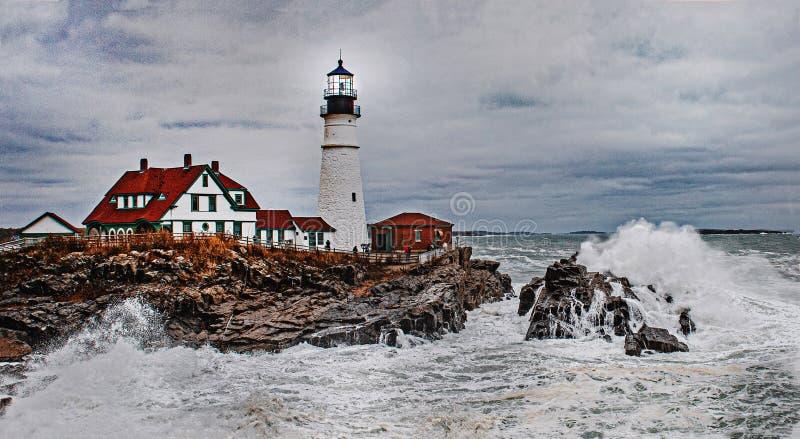 Le phare de Portland pendant une tempête image libre de droits