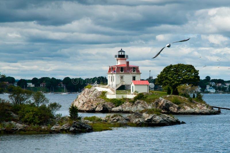 Le phare en Providence guide des marins images libres de droits