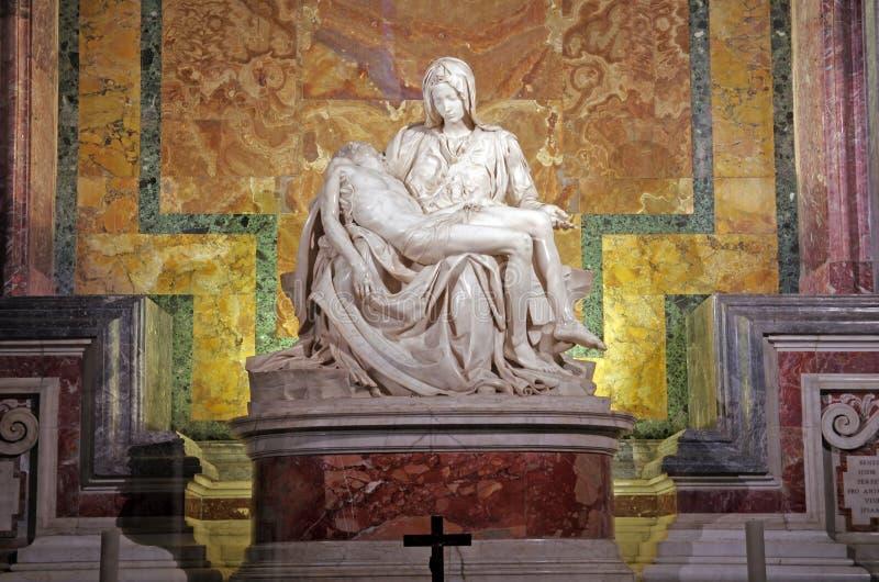 Le Pieta de Michaël Angelo images libres de droits
