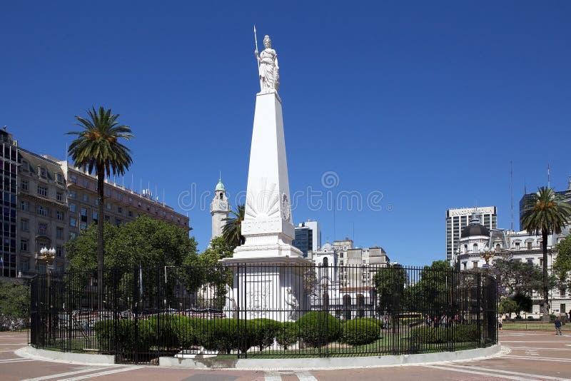 Le Piramide De Mayo à Plaza de Mayo, Buenos Aires, Argentine images stock