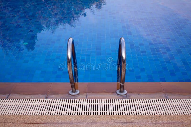 Le piscine erano meravigliosamente fotografia stock libera da diritti