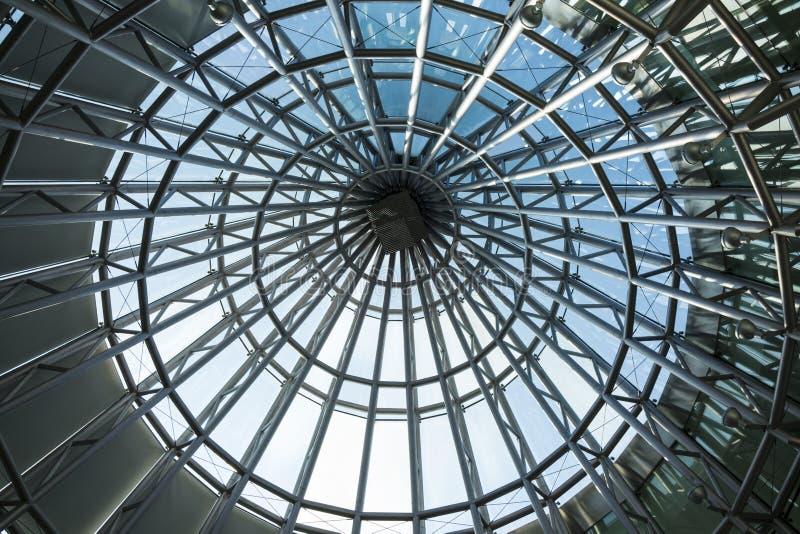 Le plafond a fait par le cadre en acier image stock