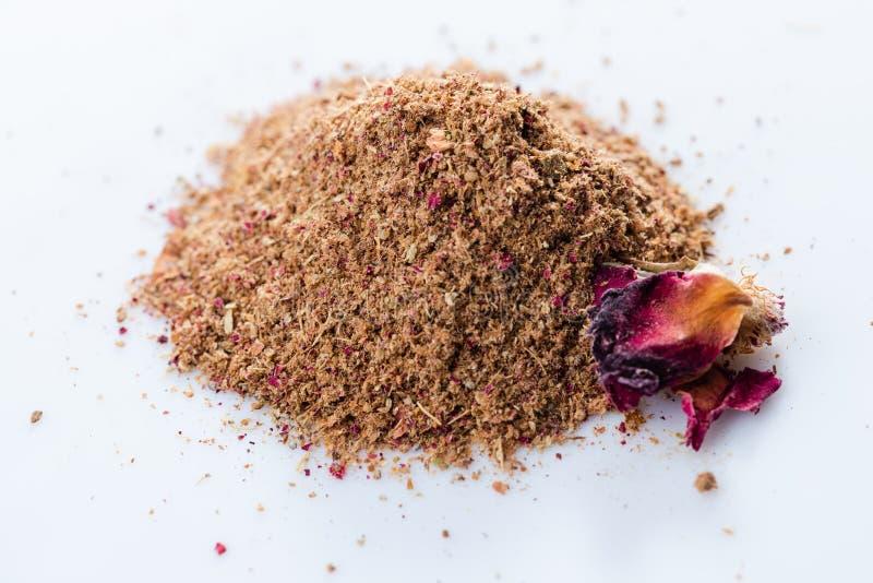Le plan rapproché des épices persanes se mélangent avec Rose photographie stock