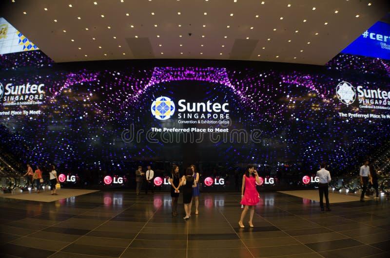 Le plus grand affichage à LED photos stock