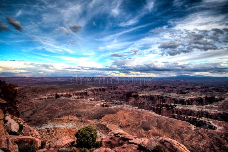 Le point de vue grand donnent sur en parc national de Canyonlands photos stock