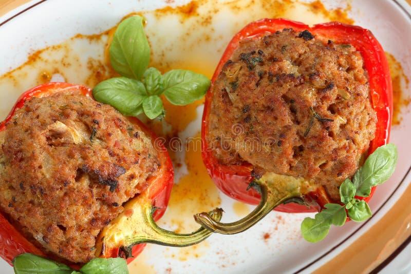 Download Le Poivre De Four Avec Hachent Photo stock - Image du garnissez, nourriture: 2128440