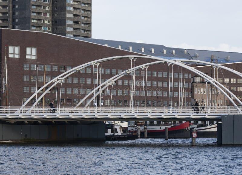 Le pont Amsterdam de Blauwehoofdbrug les Pays-Bas photographie stock