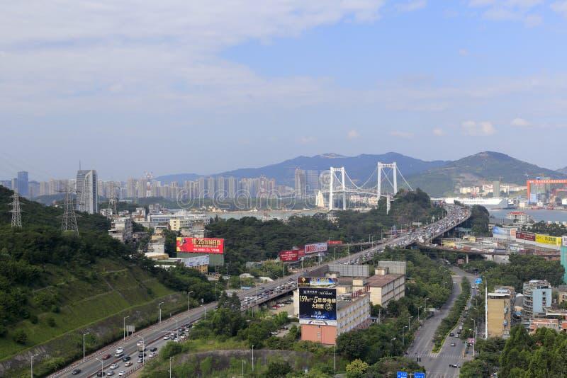 Le pont de Haicang et le pont s'approchent, ville amoy, porcelaine images libres de droits
