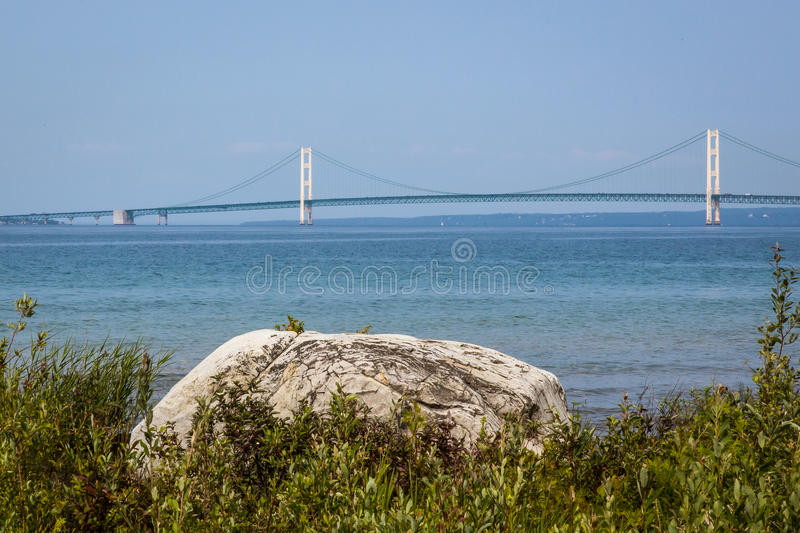 Le pont de Mackinac puissant, Michigan photos libres de droits