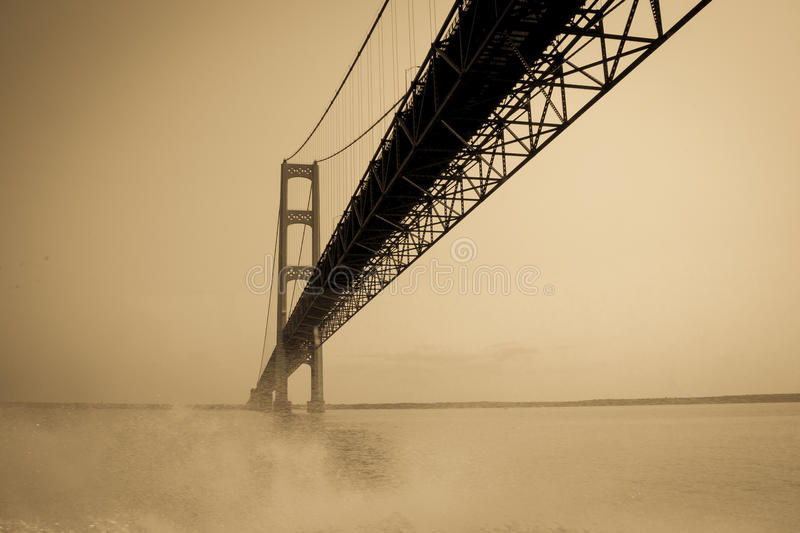 Le pont de Mackinac puissant, Michigan images stock
