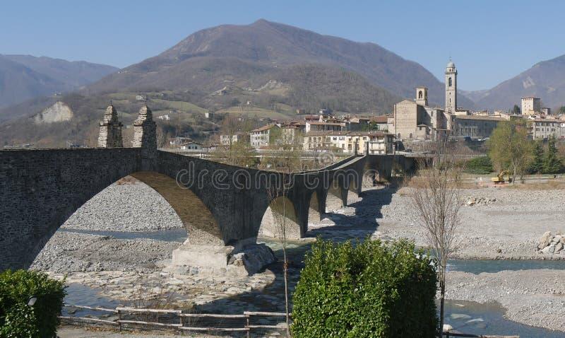 Le pont du diable dans Bobbio photo libre de droits