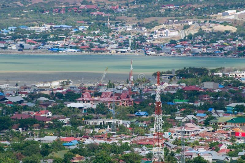 Le pont le plus iconique de Palu enlevé images stock