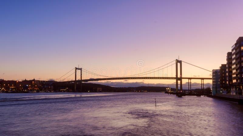 Le pont reliant la terre principale à Hisingen, point de repère de Gothenburg photos stock