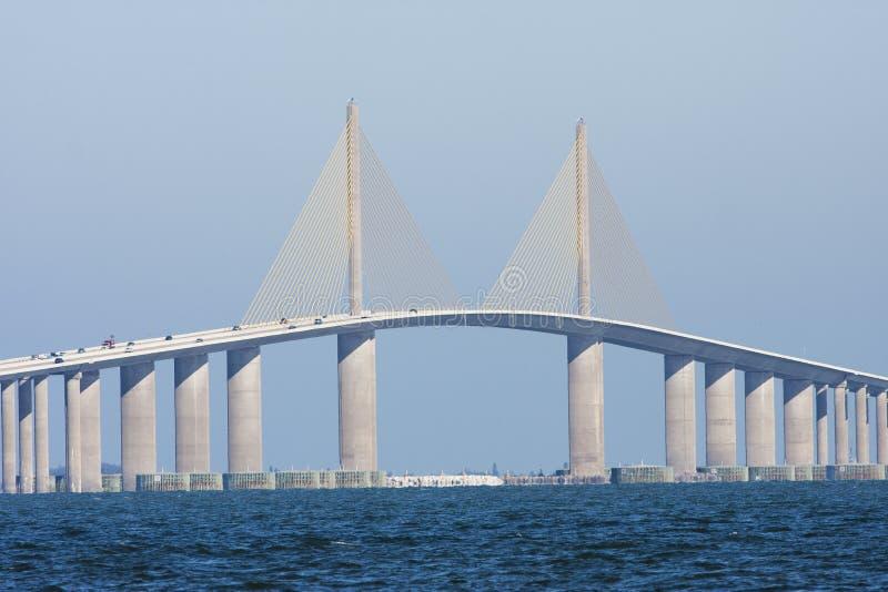 Le pont skyway de soleil vu de Terra Ceia images stock