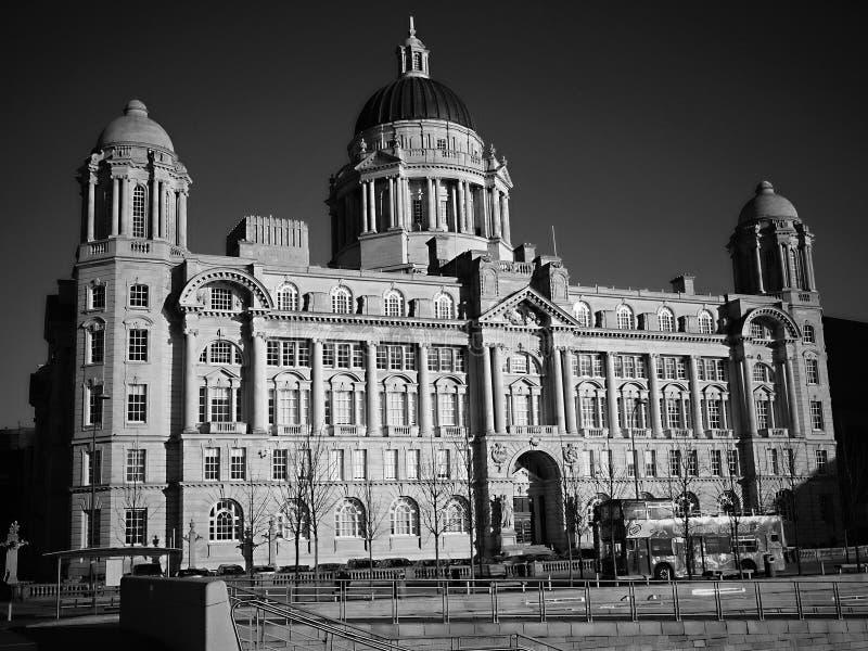 Le Port of Liverpool Building est un immeuble de bureaux néo-baroque à Liverpool, en Angleterre, conçu par Arnold Thornley photo stock