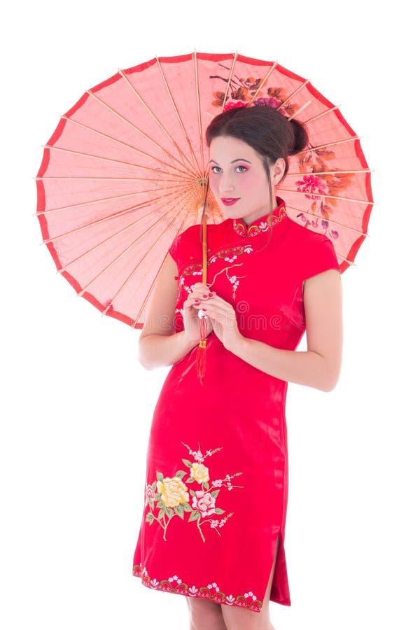 Le Portrait De La Jeune Femme Attirante Dans Le Japonais Rouge S Habillent Avec Um Photos libres de droits