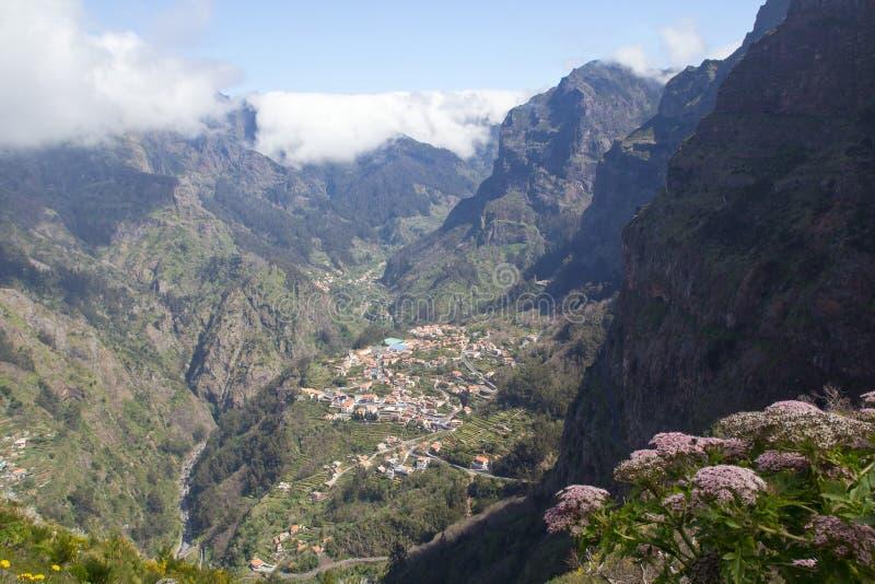 Le Portugal, Madère, vallée des nonnes photographie stock