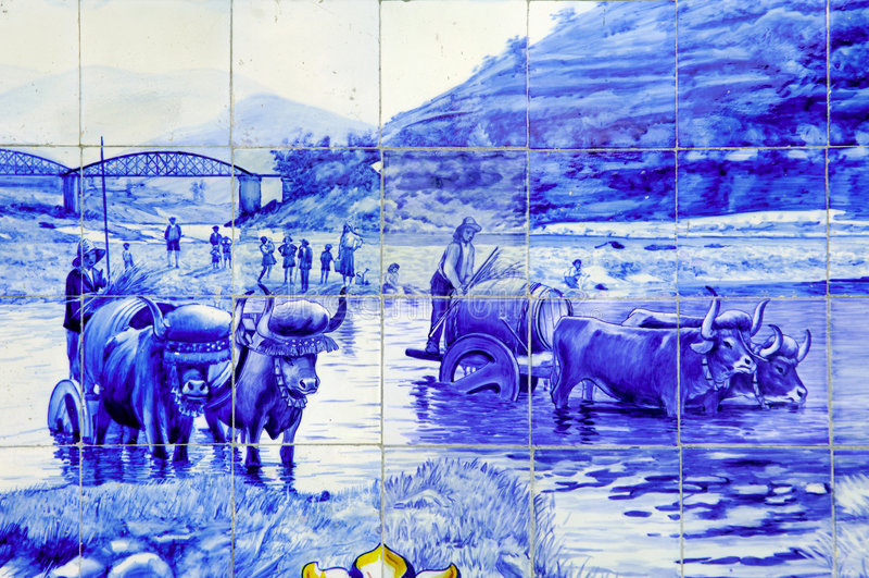 Le Portugal, vallée de Douro, Pinhao : céramique, Azulejo images libres de droits