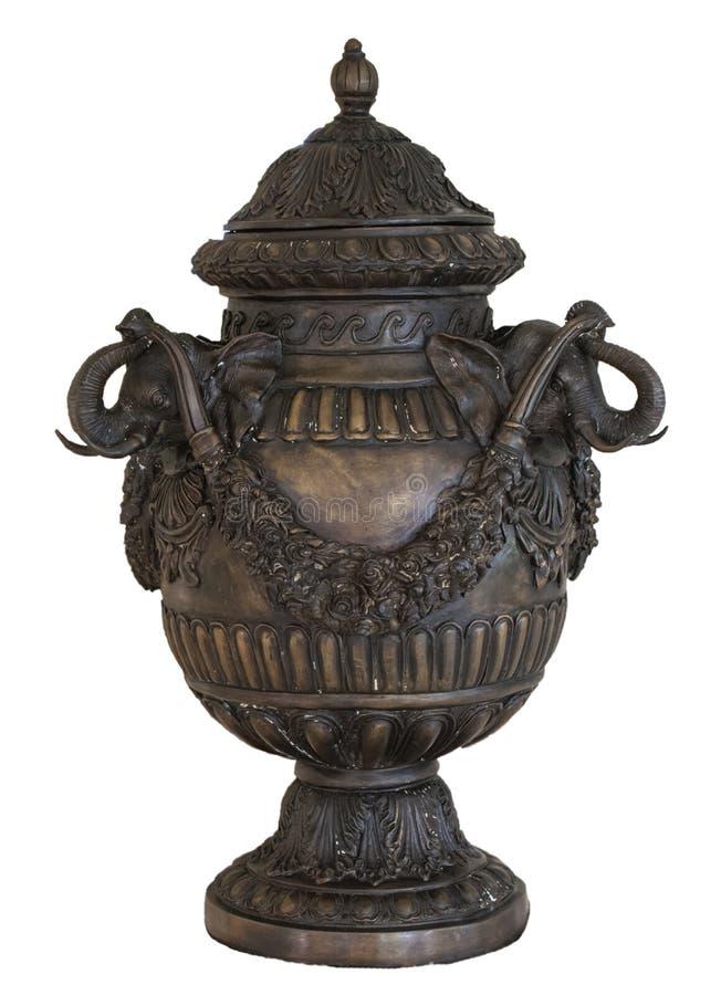 Le pot antique sur un fond blanc avec le chemin raye photographie stock libre de droits