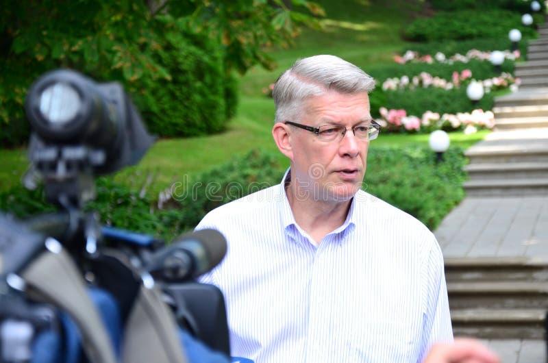 Le Président letton Valdis Zatlers à son adieu m photo libre de droits