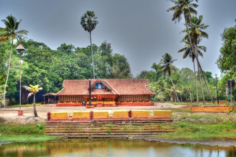 Le propre pays de Dieu est le Kerala et tellement là des temples partout photo stock