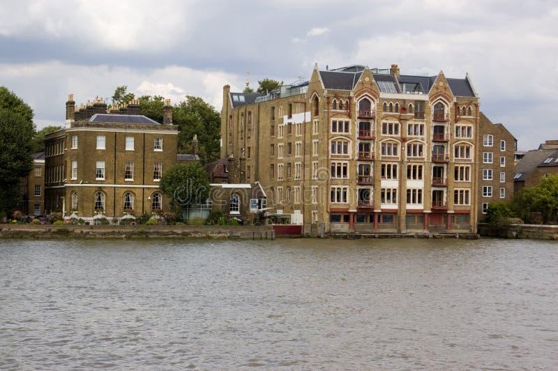Le quai d'Oliver, Wapping, Londres images stock