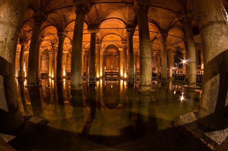 Le réservoir de basilique dans Instanbul images stock