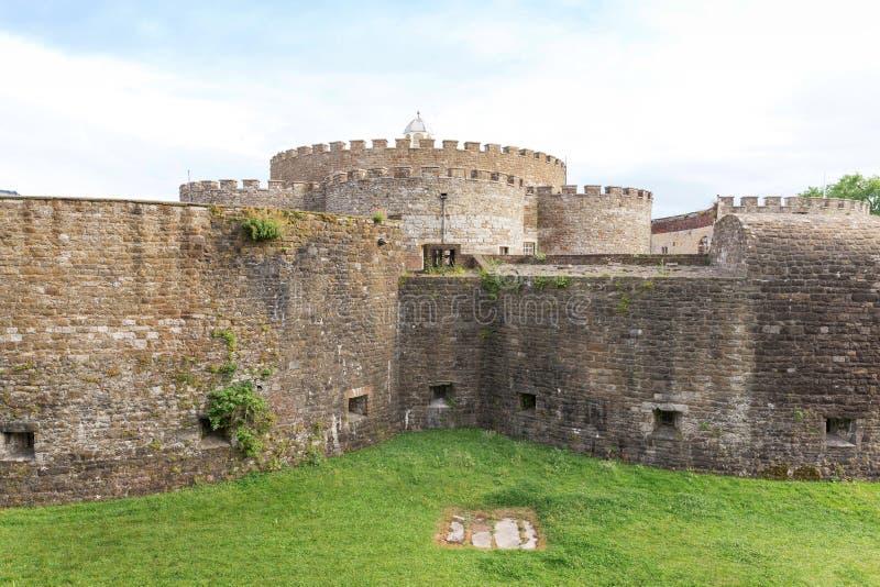 Le R-U, Angleterre, château d'affaire sur le littoral dans Kent images libres de droits